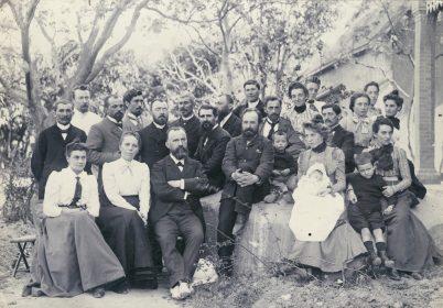 Conférence missionnaire  de Madagascar  en 1905.  Au premier rang, Jean Bianquis
