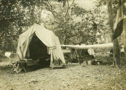 Campement de pêche au lac Aban, Gabon ca.1900, Album Allégret