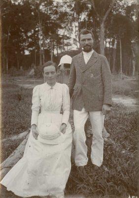 M. et Mme Edouard Favre, instituteurs au Congo