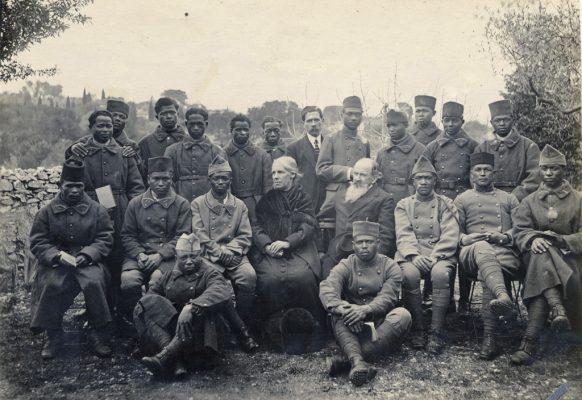 Groupe de soldats malgaches