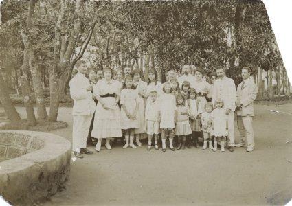 Réunion à la Résidence du Gouverneur général novembre 1916