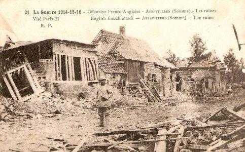 Destructions - Environs de Péronne, Somme, 1916 Non loin du village où est tombé Joseph