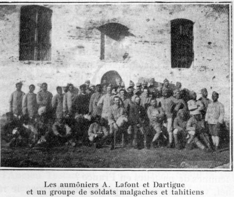 Avec les aumôniers Lafont et Dartigue